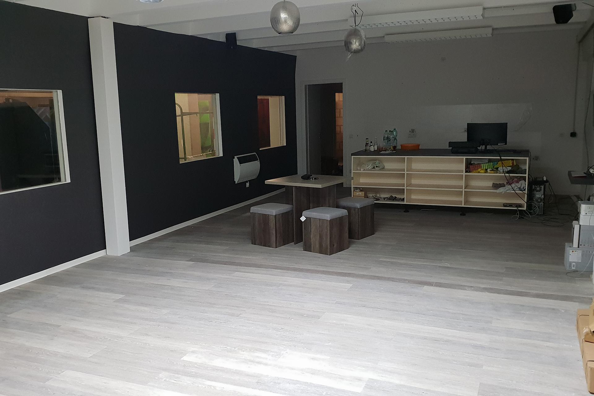 Zufriedene Mieter in Gewerbeimmobilie Lippstadt - Schlüter Gewerbeimmobilie